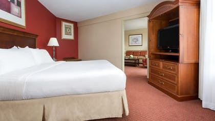 Guestroom | Holiday Inn Boston-Brookline