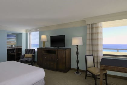 In-Room Dining | Hilton Sandestin Beach Golf Resort & Spa