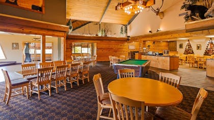 Sports Facility | SureStay Plus Hotel by Best Western Black River Falls