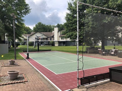 Sports Facility | Albany Airport Inn and Suites