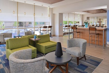 Lobby | Holiday Inn Express & Suites Buffalo Downtown - Medical CTR