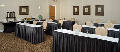 Meeting Facility | DoubleTree by Hilton Hotel Chicago Wood Dale - Elk Grove
