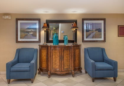 Lobby | Arlington Court Suites, a Clarion Collection Hotel