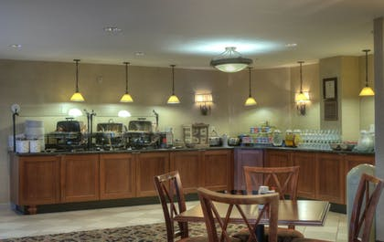 Breakfast Area | Arlington Court Suites, a Clarion Collection Hotel