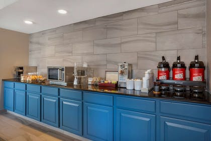 Breakfast Area | The Capitol Hotel, an Ascend Hotel Collection Member