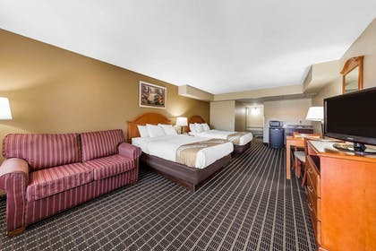 Guestroom   Quality Inn & Suites Sevierville - Pigeon Forge