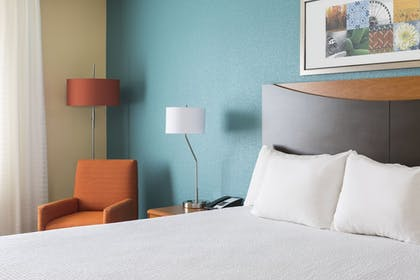 Guestroom | Fairfield Inn & Suites Quincy