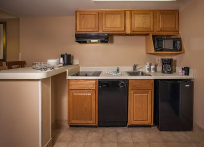 In-Room Kitchen | Royale Parc Suites Kissimmee