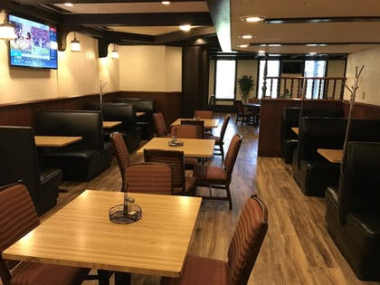 Restaurant | Ramada by Wyndham Albert Lea
