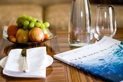 In-Room Dining | Beverly Wilshire, Beverly Hills