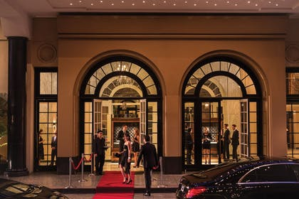 Hotel Entrance | Beverly Wilshire, Beverly Hills