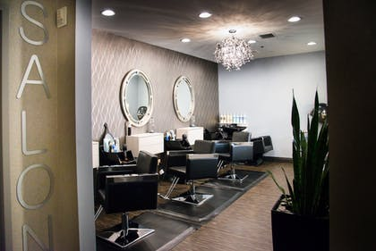 Hair Salon | Platinum Hotel