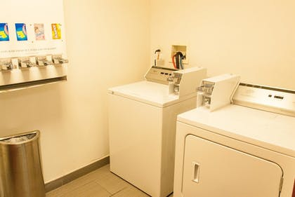 Laundry Room | Best Western Plus Miami-Doral/Dolphin Mall