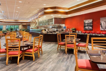Restaurant | Doubletree Hotel Grand Junction