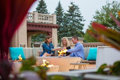 Outdoor Dining | The Mansion at Ocean Edge