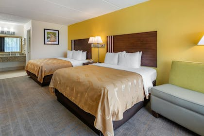 Guestroom | Quality Inn And Suites Riverfront