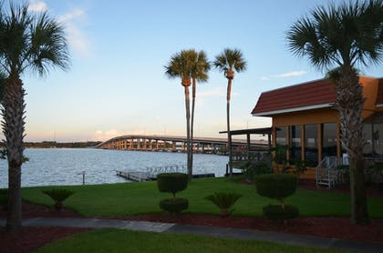 View from Hotel | Quality Inn And Suites Riverfront