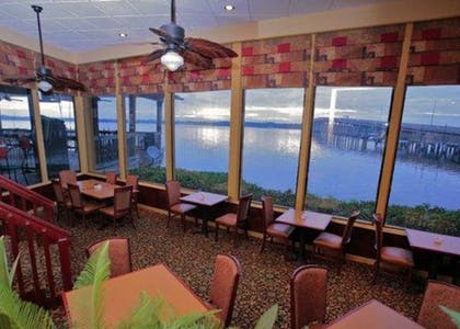 Restaurant | Quality Inn And Suites Riverfront