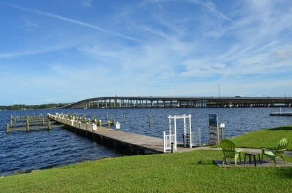 Dock | Quality Inn And Suites Riverfront