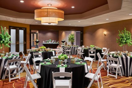 Meeting Facility | Four Points by Sheraton Milwaukee North Shore