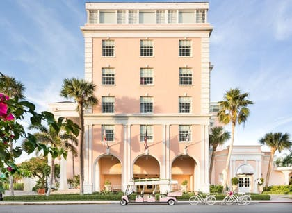 Front of Property   Colony Hotel Palm Beach
