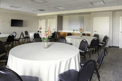 Meeting Facility | SpringHill Suites Cincinnati North/Forest Park