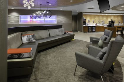 Lobby | SpringHill Suites Cincinnati North/Forest Park