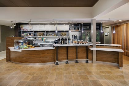 Restaurant | Courtyard by Marriott Addison Midway