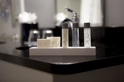 Bathroom Amenities | New Haven Village Suites