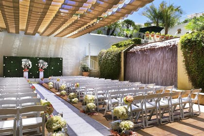 Outdoor Wedding Area | The Westin South Coast Plaza, Costa Mesa