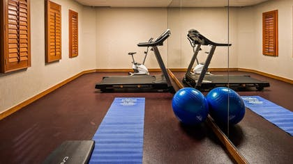 Fitness Facility | SureStay Plus Hotel by Best Western Kansas City Airport
