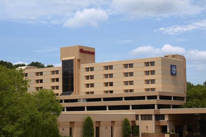 Featured Image   Sheraton Charlotte Airport Hotel