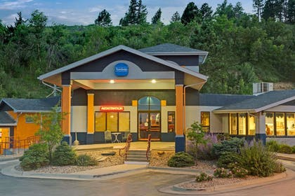 Featured Image | Travelodge by Wyndham Rapid City