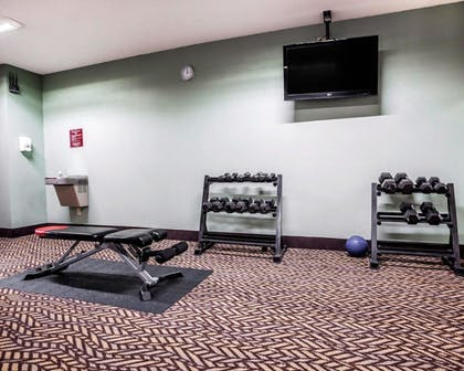 Fitness Facility   Quality Inn & Suites Kansas City Airport North