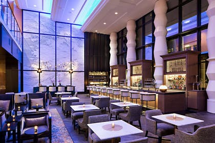 Lobby Lounge | Amway Grand Plaza, Curio Collection by Hilton
