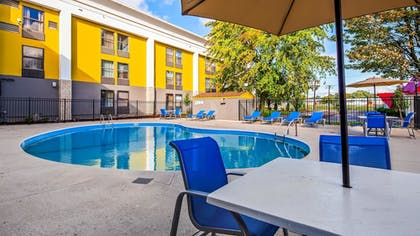 Pool | Best Western Plus Bloomington East Hotel