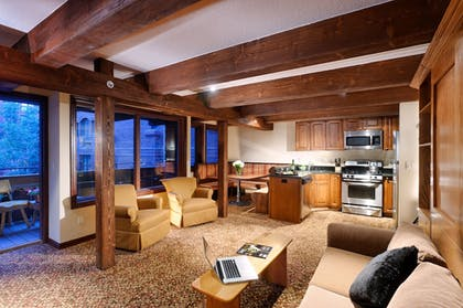 | Apartment, 2 Bedrooms | Mountain Chalet Aspen