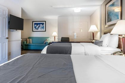 Guestroom | The Blu Hotel, an Ascend Hotel Collection Member