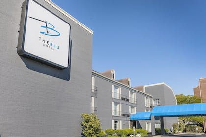 Hotel Front | The Blu Hotel, an Ascend Hotel Collection Member