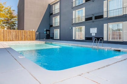Pool | The Blu Hotel, an Ascend Hotel Collection Member