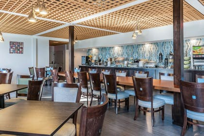 Breakfast Area | The Blu Hotel, an Ascend Hotel Collection Member