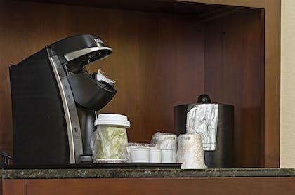 In-Room Coffee | Hotel 1620 Plymouth Harbor