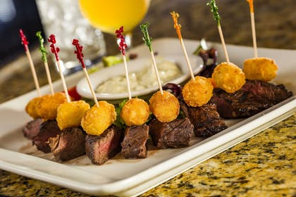 Food and Drink | Hotel 1620 Plymouth Harbor