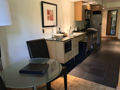 Private Kitchen | Best Western Plus Hood River Inn