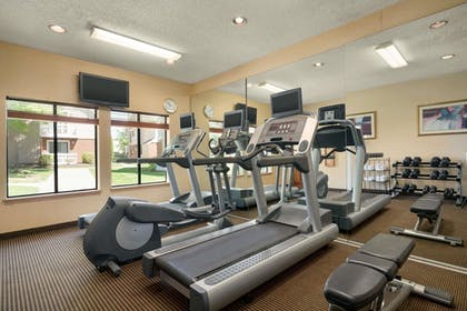 Fitness Facility | Hawthorn Suites by Wyndham Tinton Falls