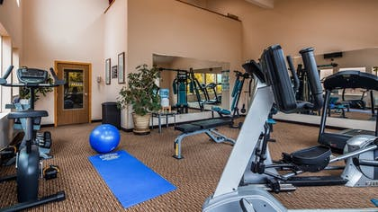 Fitness Facility | Best Western Plus Landmark Inn