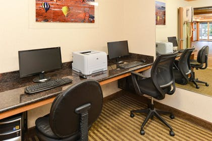 Business Center | Best Western Plus Landmark Inn