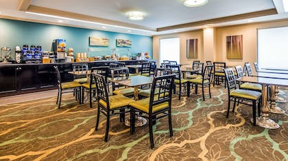 Restaurant | Best Western Plus Cary Inn - NC State