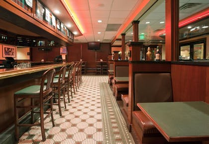 Hotel Bar | Holiday Inn Bloomington Airport South Mall Area
