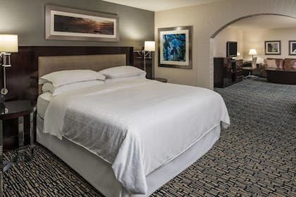 Guestroom | Sheraton Salt Lake City Hotel